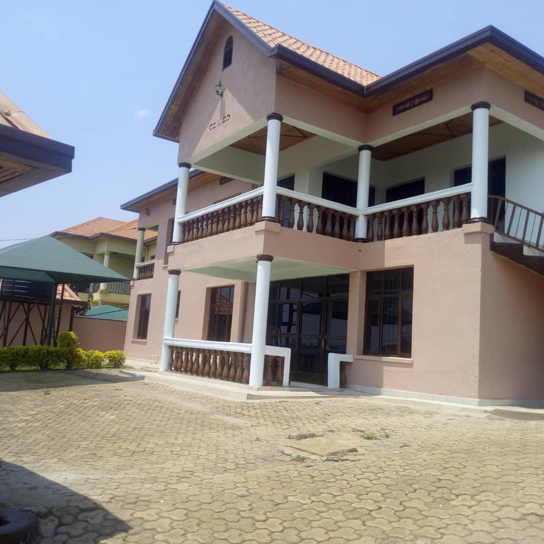 2 Bedroom Unfurnished Apartment For Rent: A Nice Unfurnished Apartment For Rent In Kibagabaga